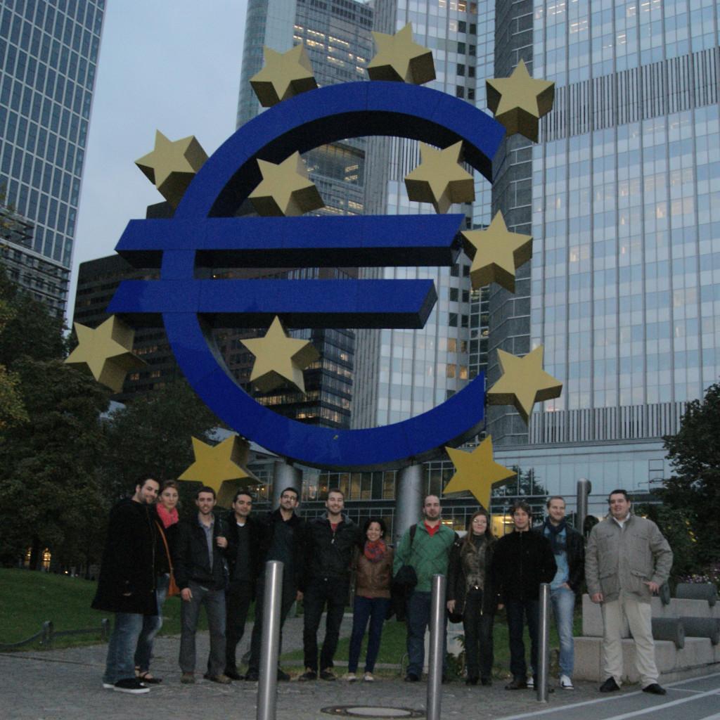Zwölf spanische Young Professionals sammeln Praxiserfahrung in Frankfurt