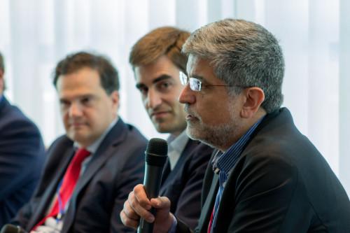 Foto de iiR Banking. Artur Serra - Executive Director Retail Banking GFT durante su ponencia en el panel Empowering Digital Banks - Factores de éxito de la banca