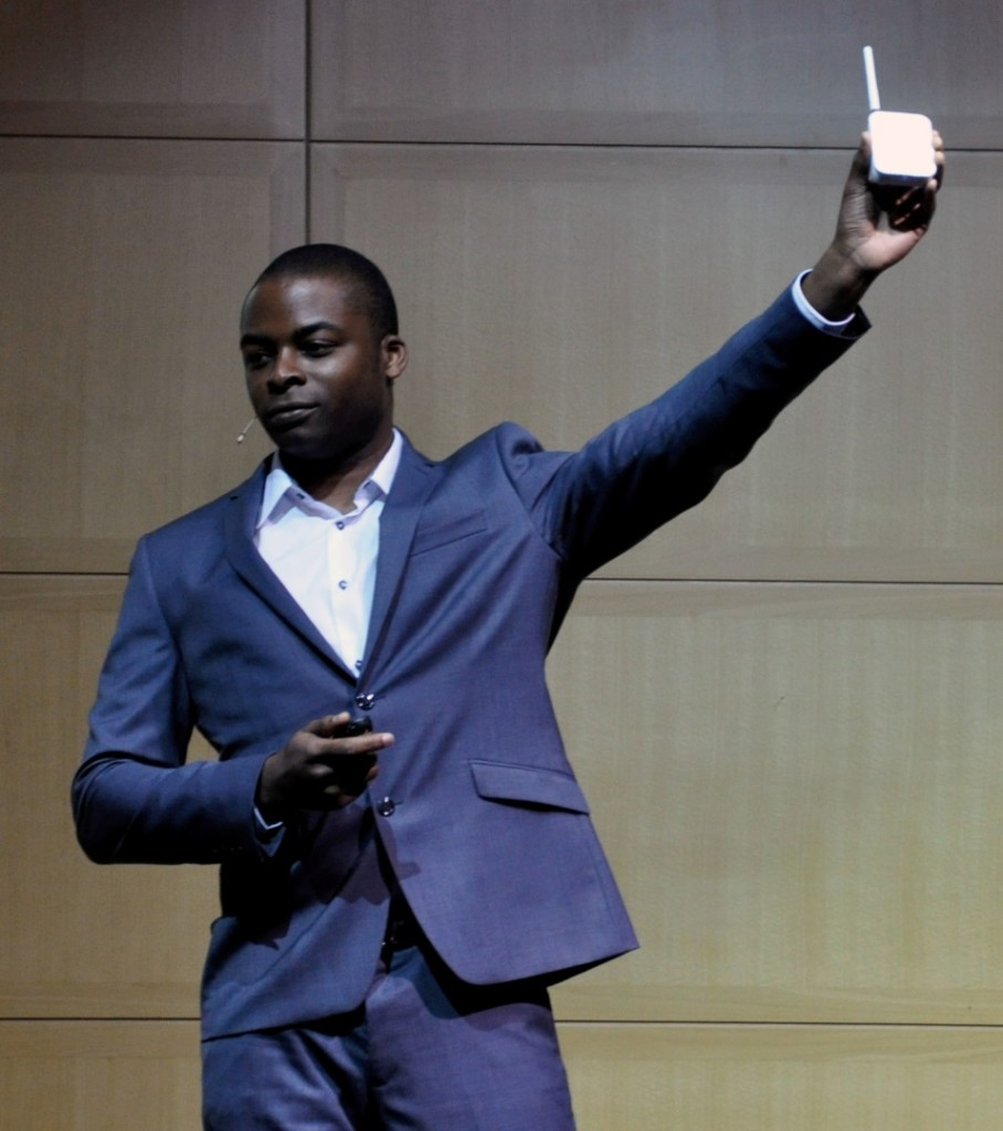 Viewsy founder and CEO Odera Ume-Ezeoke onstage demonstrating one of the Viewsy sensors